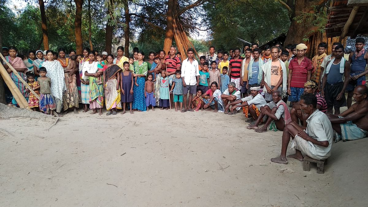 ताड़मेटला गांव के लोग