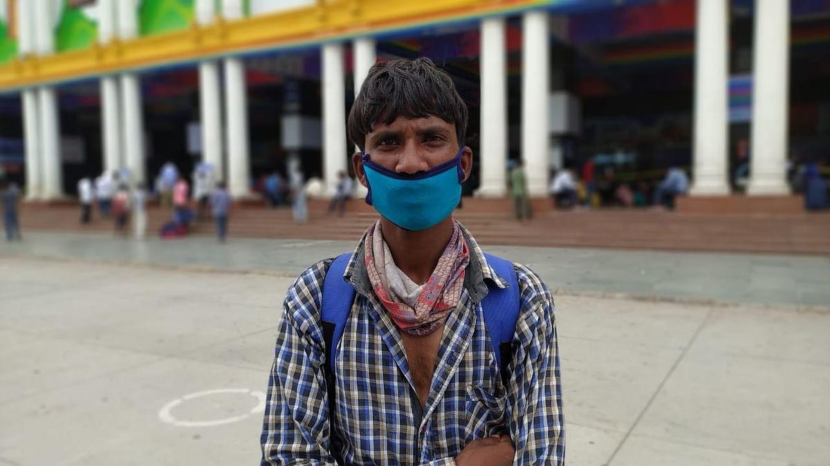 उत्तर प्रदेश के अंबडेकर नगर के रहने वाले हैं शिव मूरत