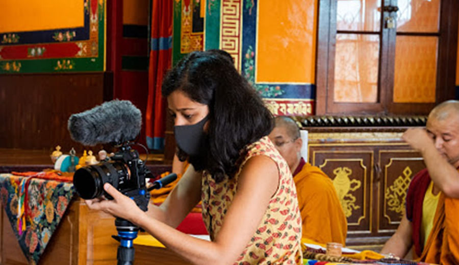 Munmun Dhalaria during the shooting of the documentary.