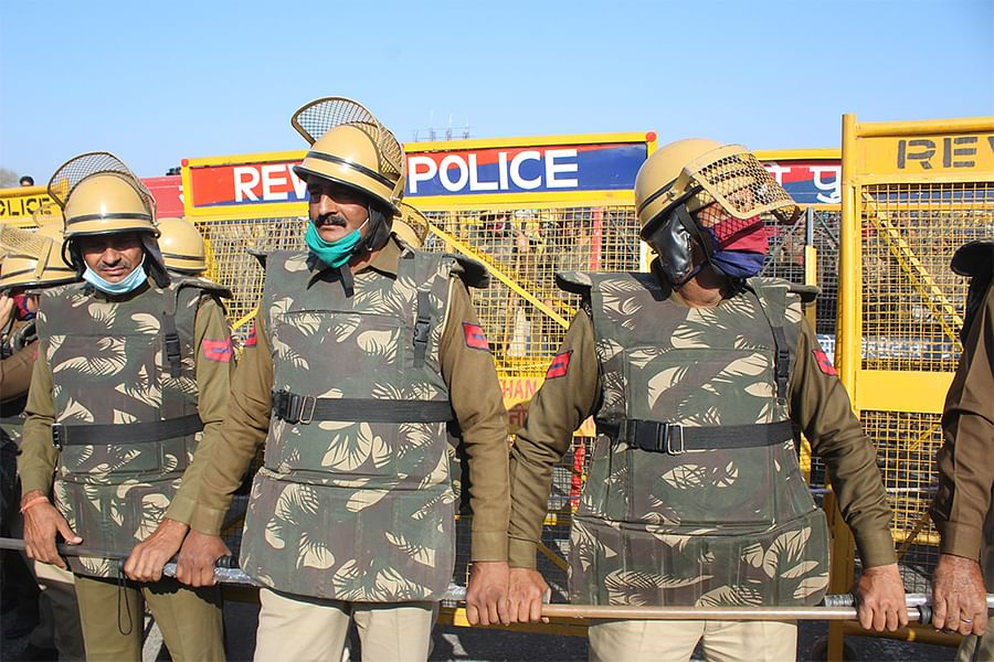 Haryana police personnel barricading the Delhi-Jaipur highway on Sunday.
