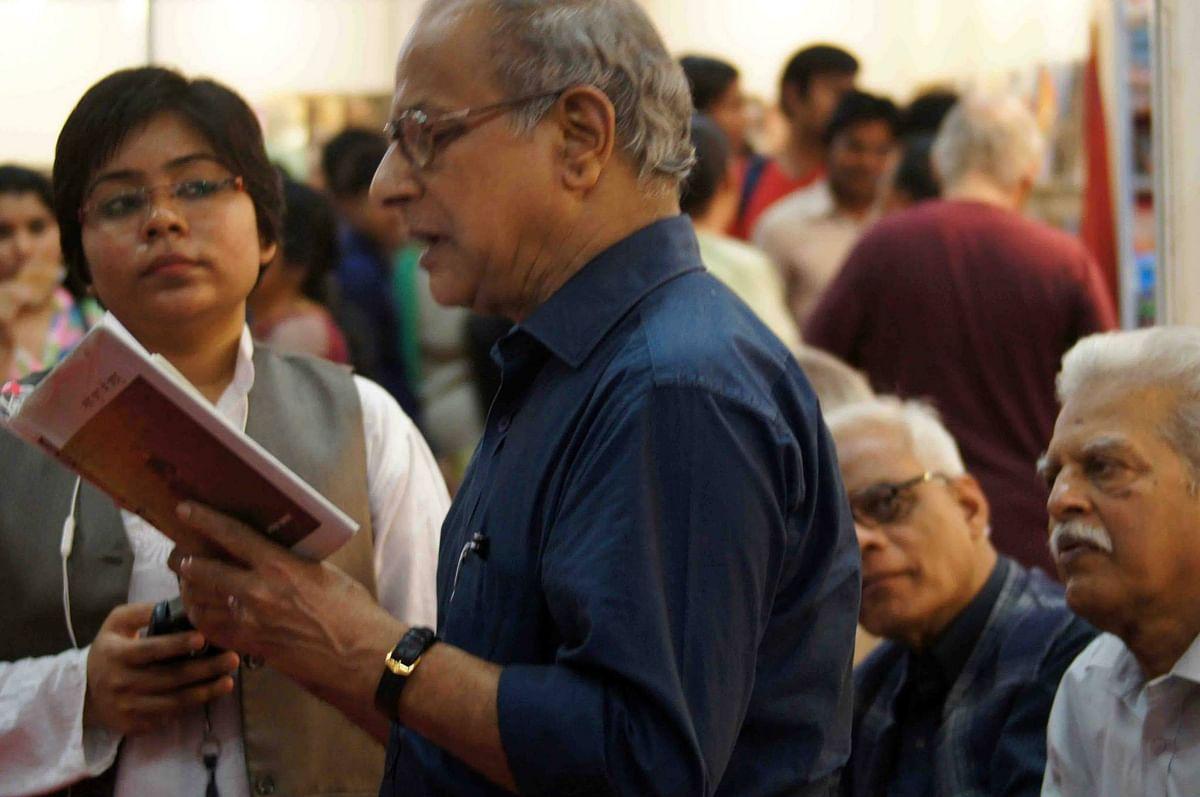 विश्व पुस्तक मेला, वरवरा राव और विष्णु नागर के साथ, 2016.
