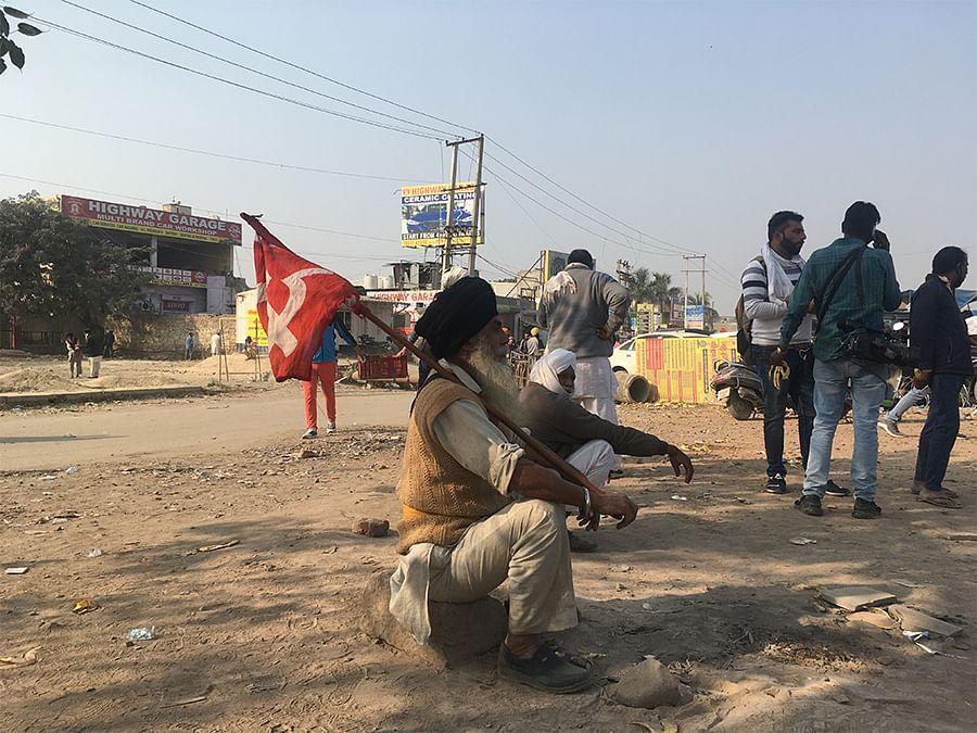 A farmers' union demonstrator at Singhu border.