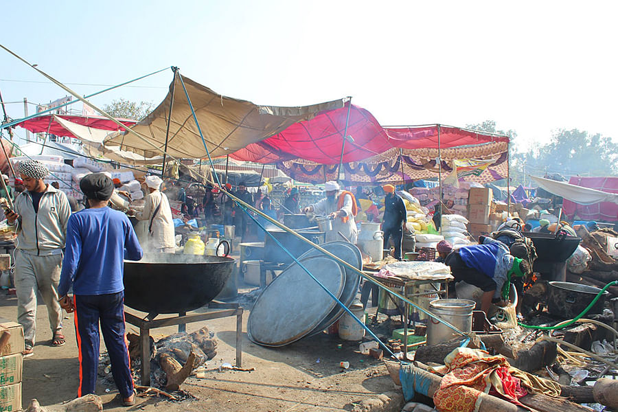A makeshift kitchen set up by the protesting farmers at Singhu.