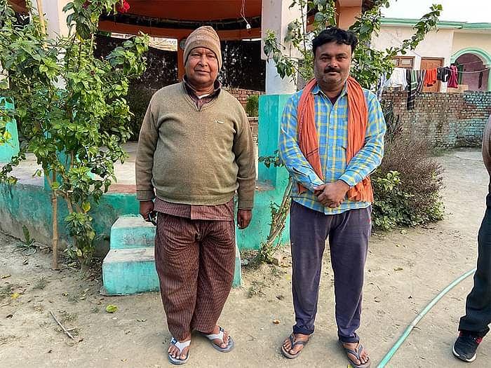 लल्ला सिंह और बाएं अर्जुन सिंह