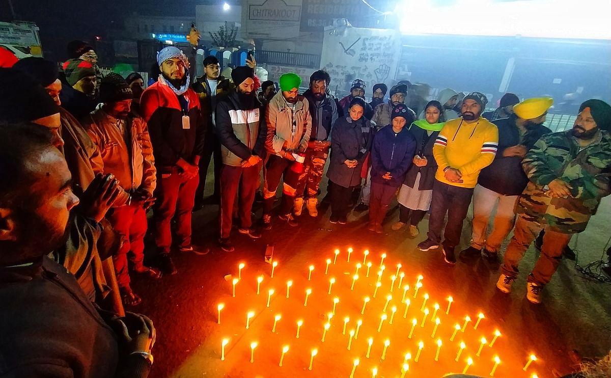 सिंघु बॉर्डर पर नया साल: 'जिन घरों में मौत हो जाए वहां मातम मनाया जाता है खुशी नहीं'