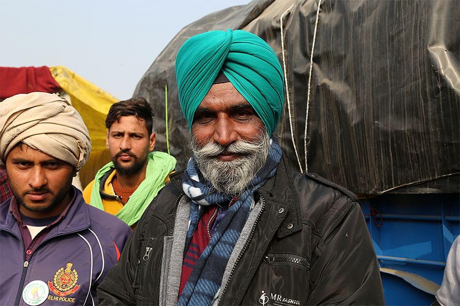 Suwinder Singh Bajwa (right), a farmer from Jalandhar, at Singhu.