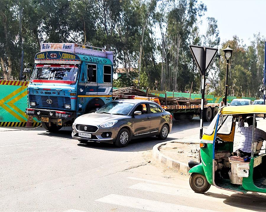 Pillar work for Taj Mahal East Gate Metro Station on Fatehabad Road.