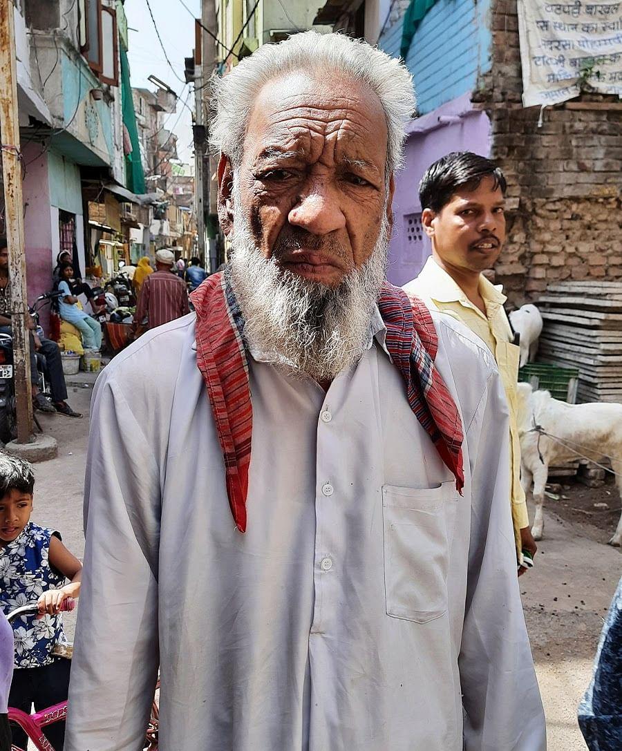 65 साल के सलाउद्दीन