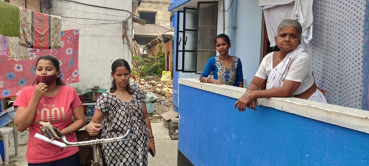 'बांग्ला'र बारी' के निवासी