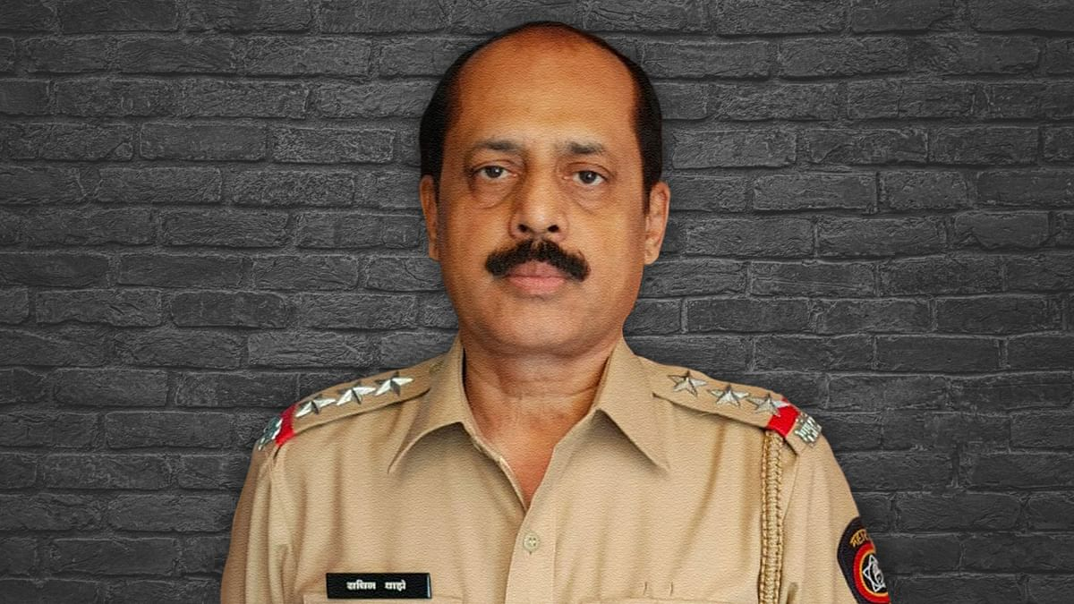 सचिन वाझे: हत्या के आरोपी से शिवसैनिक और मुंबई पुलिस का चमकता सितारा बनने का सफर