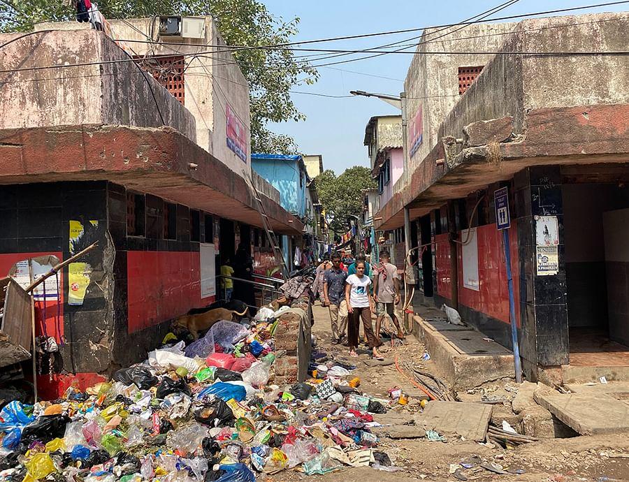 A lane in Transit Camp, Dharavi.