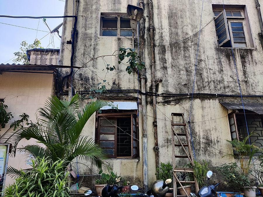 A dilapidated building in Santacruz, Mumbai.