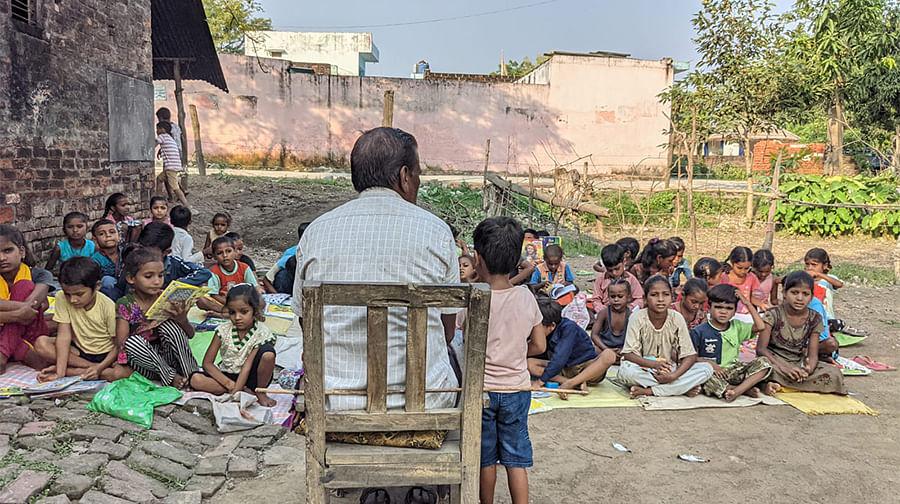 Schoolchildren in Banverrpur.