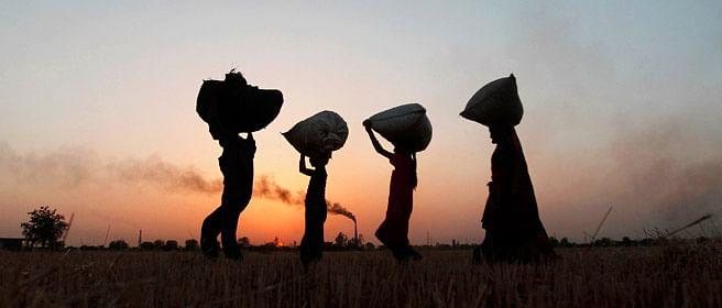 लॉकडाउन के डर से भारत छोड़ नेपाल में तलाशना पड़ा काम