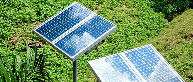 China captures the solar panel market; US, India feud over rules