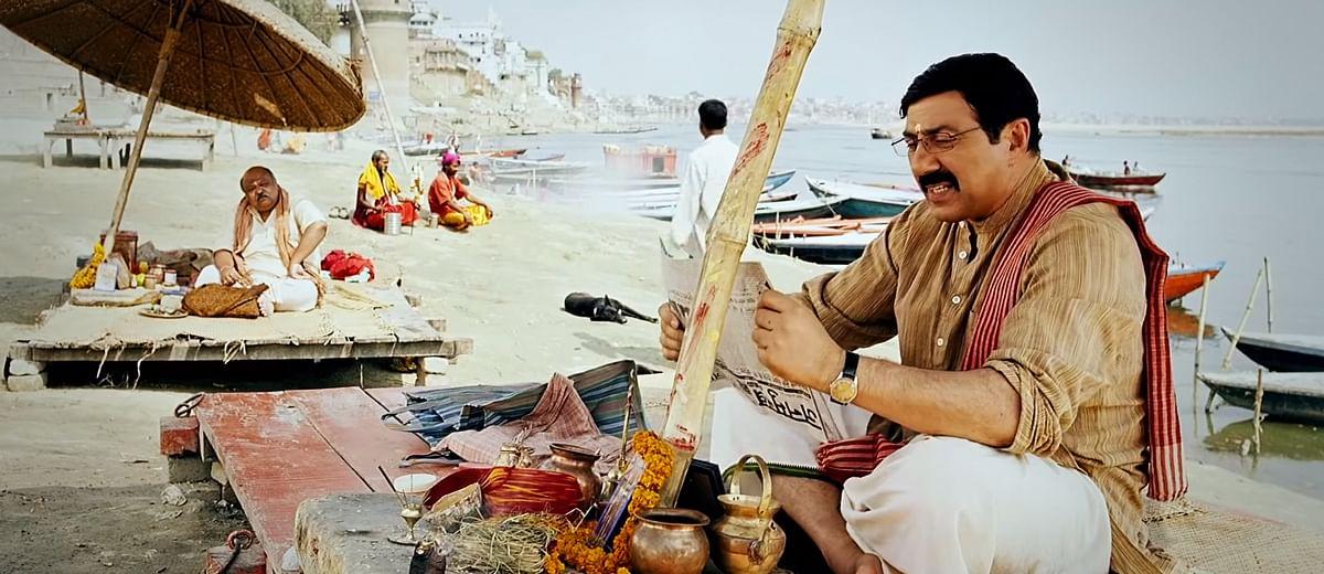 मोहल्ला अस्सी: गालियों और चाय की चुस्कियों में लिपटी एक सभ्यता