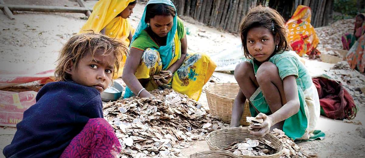 Child labour behind the glitter