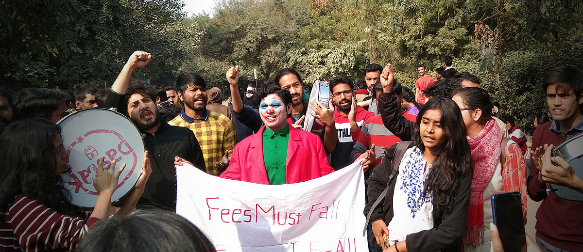 'They are gundas in uniform': JNU students lathi-charged by police as they march to Rashtrapati Bhavan