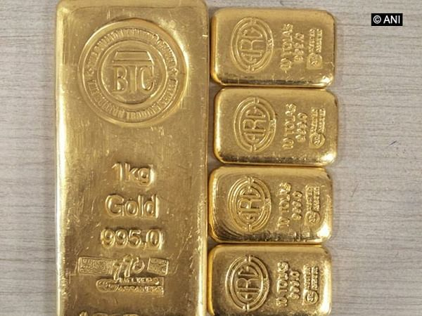 Foreign-marked gold worth Rs 39 lakh recovered at Mumbai Airport