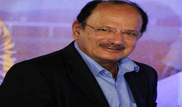 Ajit Wadekar receives Lifetime Award