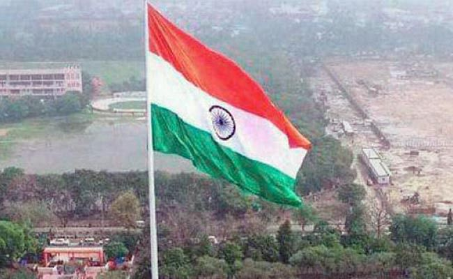 Controversy on tricolor hoisting on Independence Day