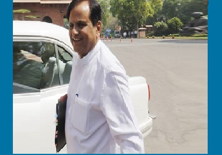 Ahmed Patel stuns BJP, steals last minute victory in Amit Shah's home turf.