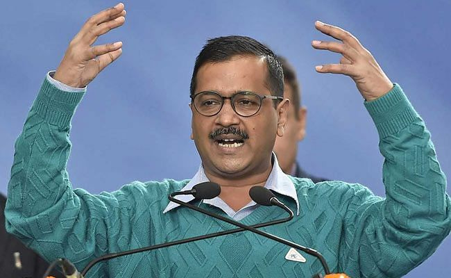Kejriwal to sit on hunger strike against sealing issue