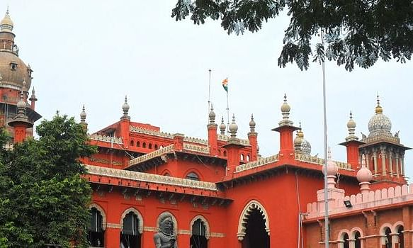 HC seeks Centre's counter to DMK plea against 10 p.c. quota