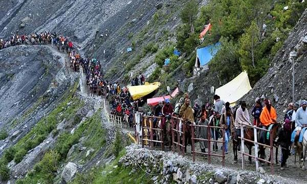 Amarnath Yatra suspended from base camps