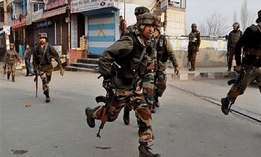Two CRPF personnel injured in Pulwama militant attack