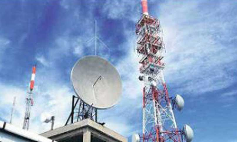 Mobile internet remains suspended for 2nd day in Kashmir