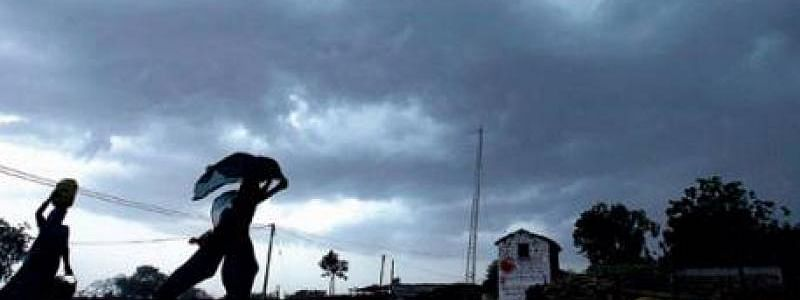 Thunderstorm likely in AP, Telangana in next 48 hrs : MET