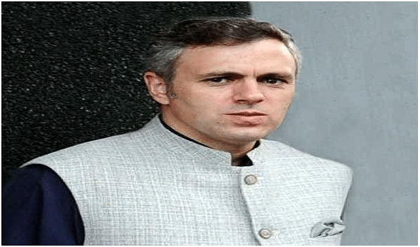 Omar takes dig at Kavinder for claiming BJP not supporting soft approach towards stone pelters