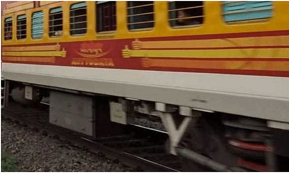 2 Shramik Express trains leave for Odisha & Jharkhand with 3265 passengers