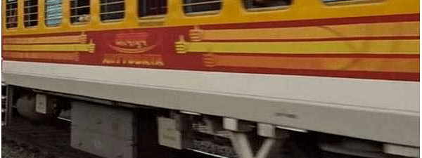 Shramik Express trains leave for UP with 2984 passengers