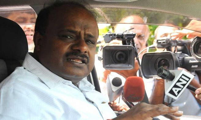Karnataka CM Kumaraswamy may meet Governor to submit resignation