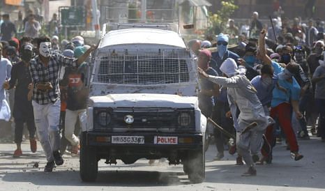 Youth hit by CRPF vehicle in downtown Srinagar dies