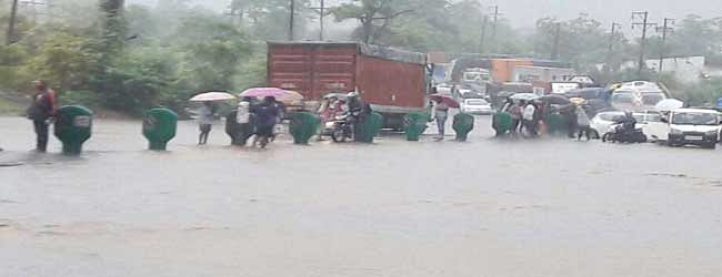 One dead, 5 picknickers go missing as heavy rains lash Maharashtra