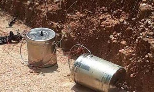 31 live crude bombs recovered from two districts of Bengal