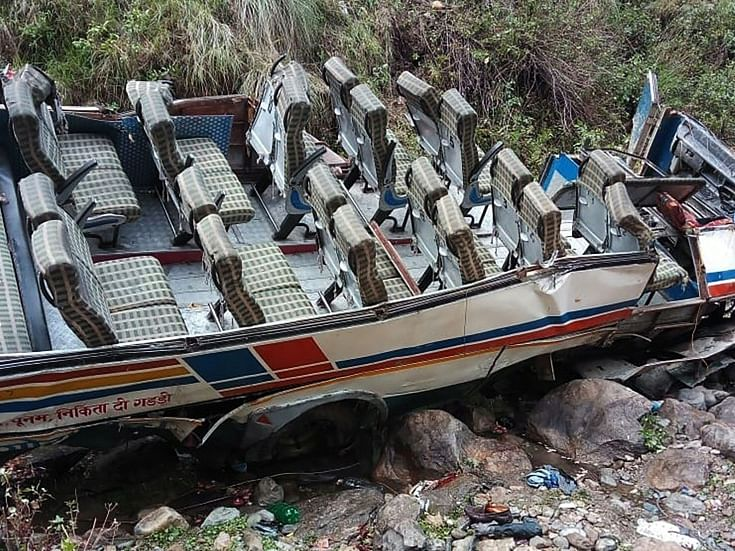 Forty-five people killed as bus plunges into gorge in Uttarakhand