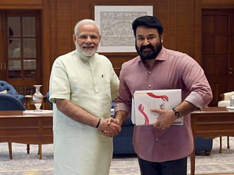 RSS woos Mohanlal, PM impressed with Superstar