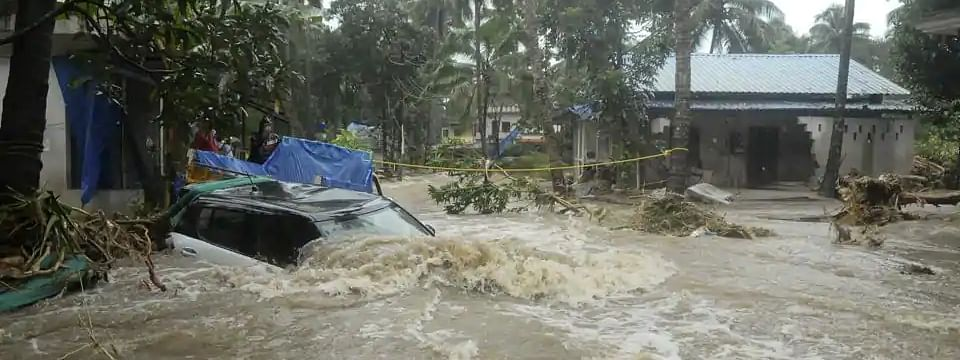100 MPs contribute Rs 43.66 cr for flood relief in Kerala