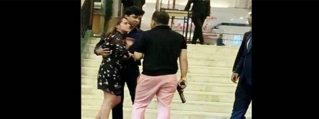 Man threatens a couple with a gun at Delhi's five-star hotel booked