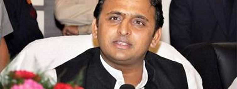 Priest cannot serve state efficiently: Akhilesh