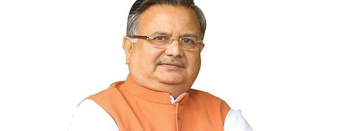Raman Singh quits, owns moral responsibility for BJP's defeat