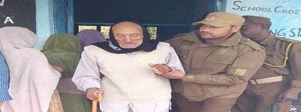 Voting underway for IVth phase of J&K Panchayat Polls, 91-yr-old cast vote in Kathua