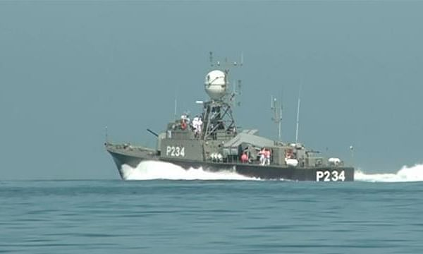 Iranian navy to be equipped with indigenous destroyers: Iran's naval chief