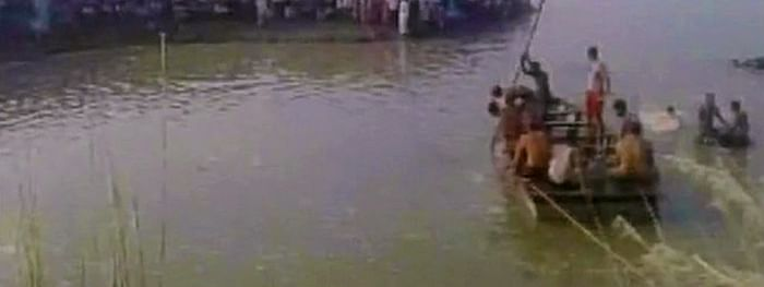Boat capsizes in Yamuna; 6 bodies recovered