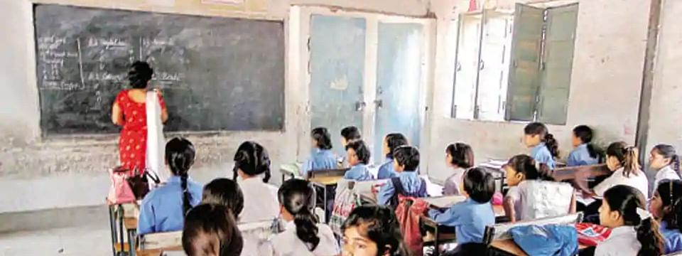 Stay on CBI probe into appointment of 68,500 Assistant Teachers in UP