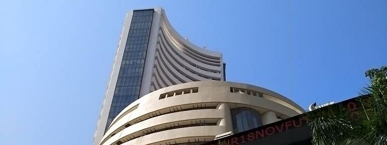 Sensex ends up by 190.29 pts